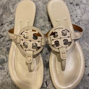 Tory Burch Off White Leather Miller Sandal size 10